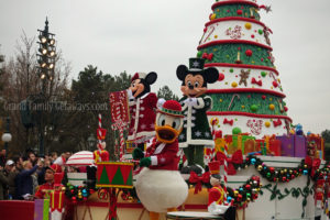 Christmas parade Disneyland Paris Grand Family Getaways